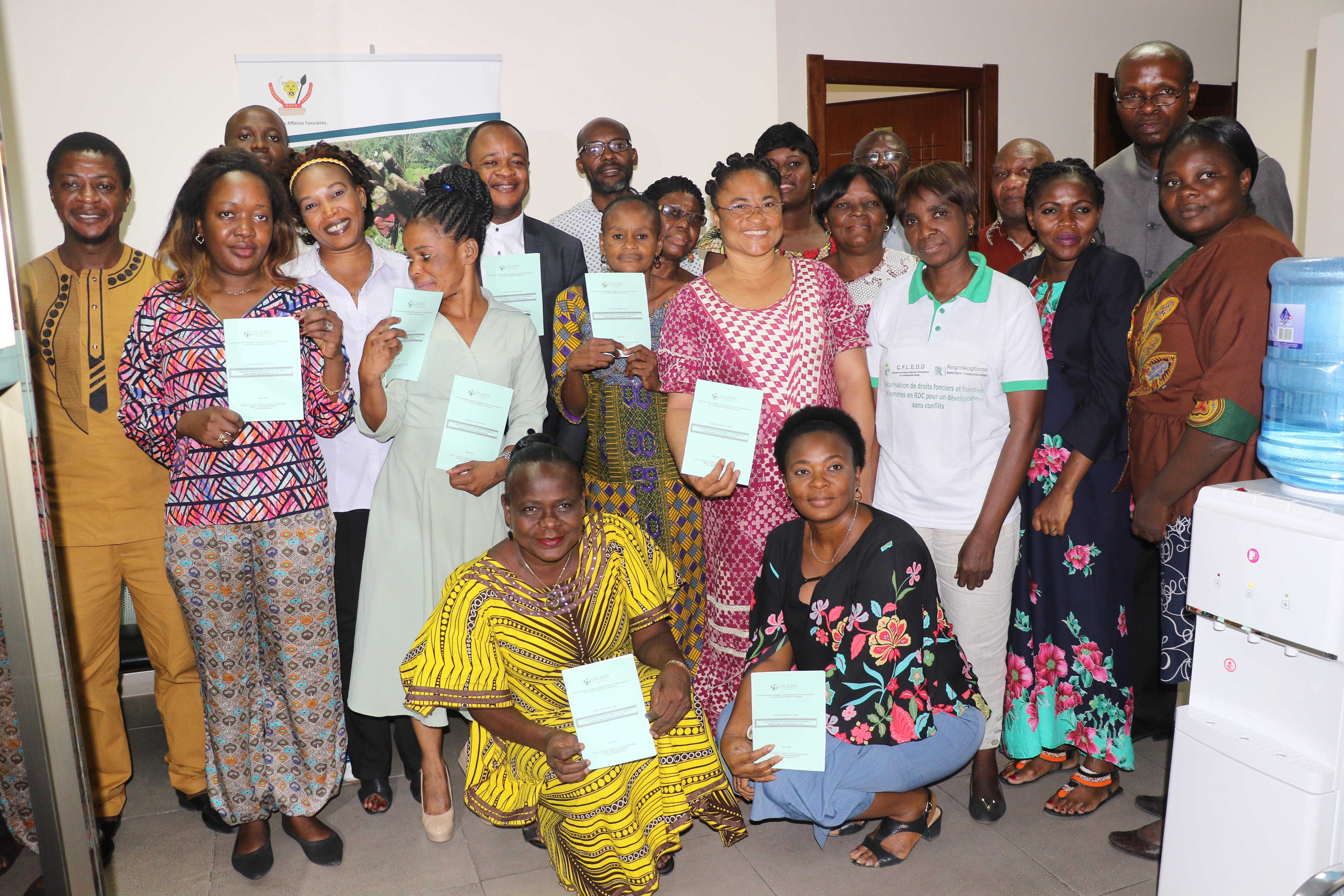 DEPOT DE LA NOTE DE POSITION SUR LA RECONNAISSANCE DES DROITS FONCIERS ET FORESTIERS DES FEMMES EN RDC A LA CONAREF